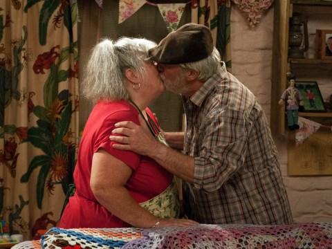 Emmerdale spoilers: Zak Dingle punches Dr Bailey – then kisses Lisa