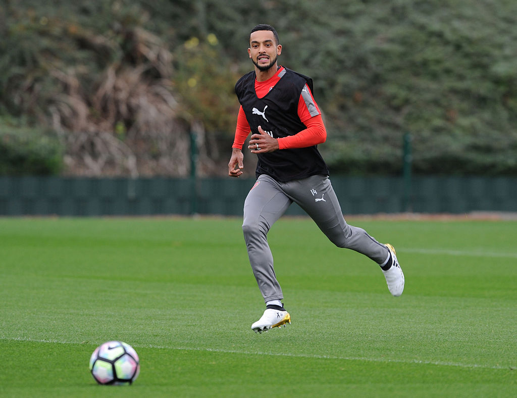 Theo Walcott trains alone as Arsenal prepare for Ludogorets clash