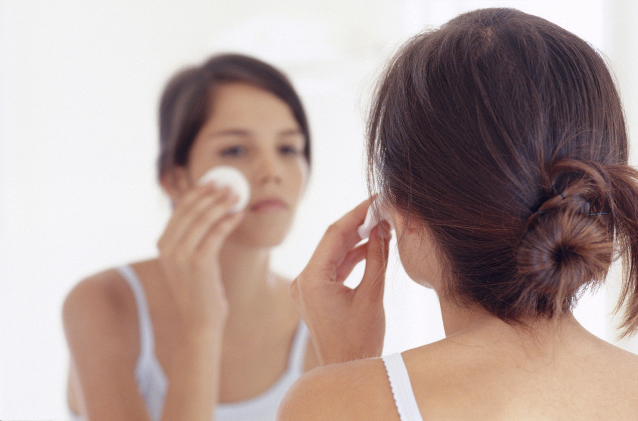 10 things NOT to say to someone with acne