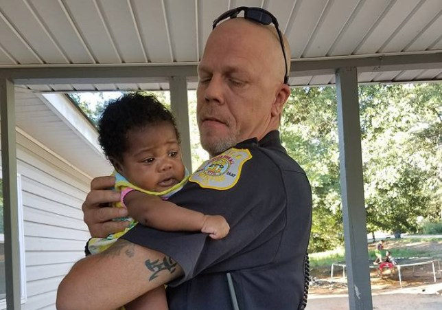 Kenneth Knox.jpg Cop Asked To Be This Baby's Godfather After He Saved Her From Choking https://www.facebook.com/profile.php?id=100011234052174