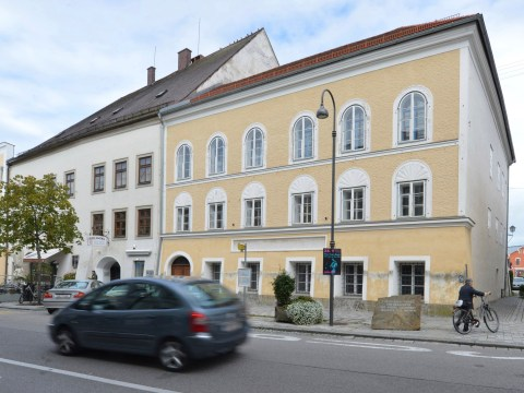 House where Adolf Hitler was born to be 'torn down' by government