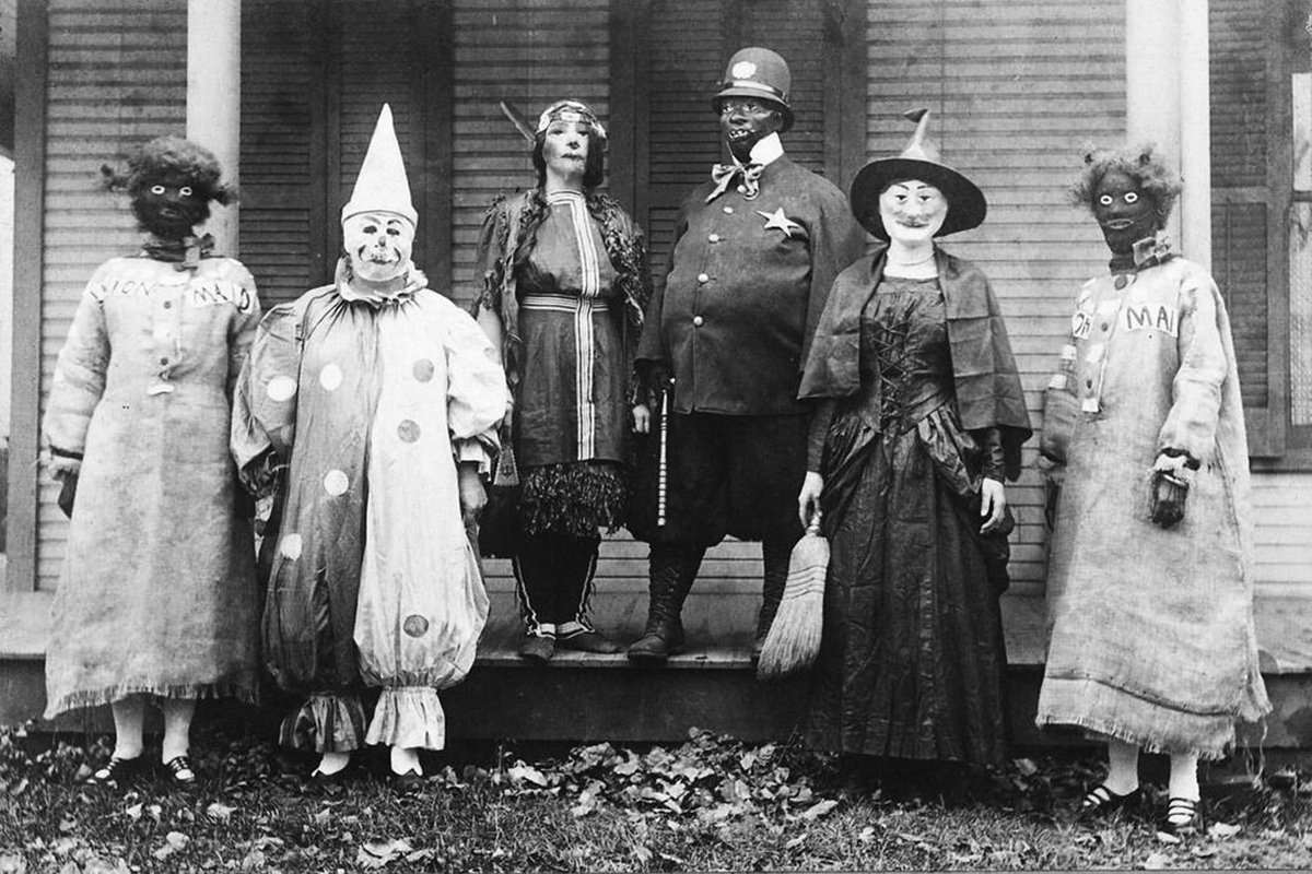 Halloween costumes were absolutely terrifying in the 1920s