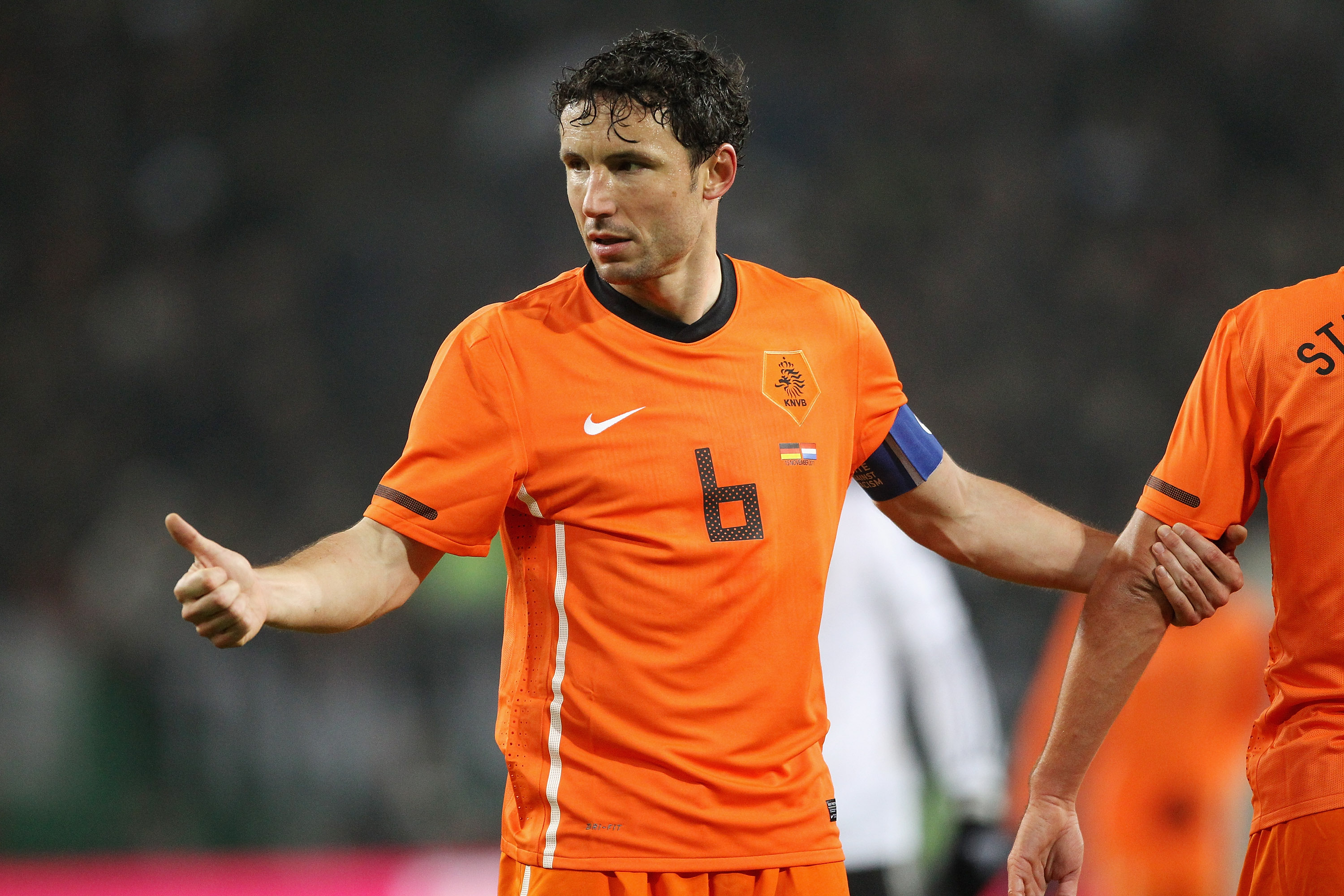 Mark van Bommel blames Netherlands 'crisis' on former Manchester United manager Louis van Gaal