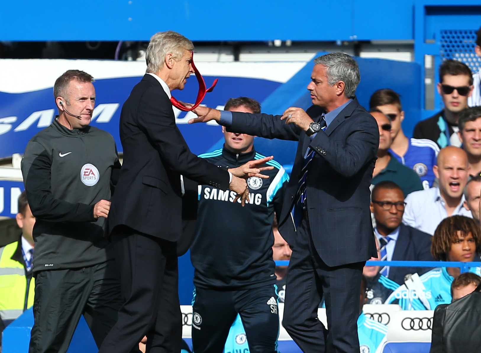 Jose Mourinho aims another thinly veiled jibe in Arsene Wenger's direction