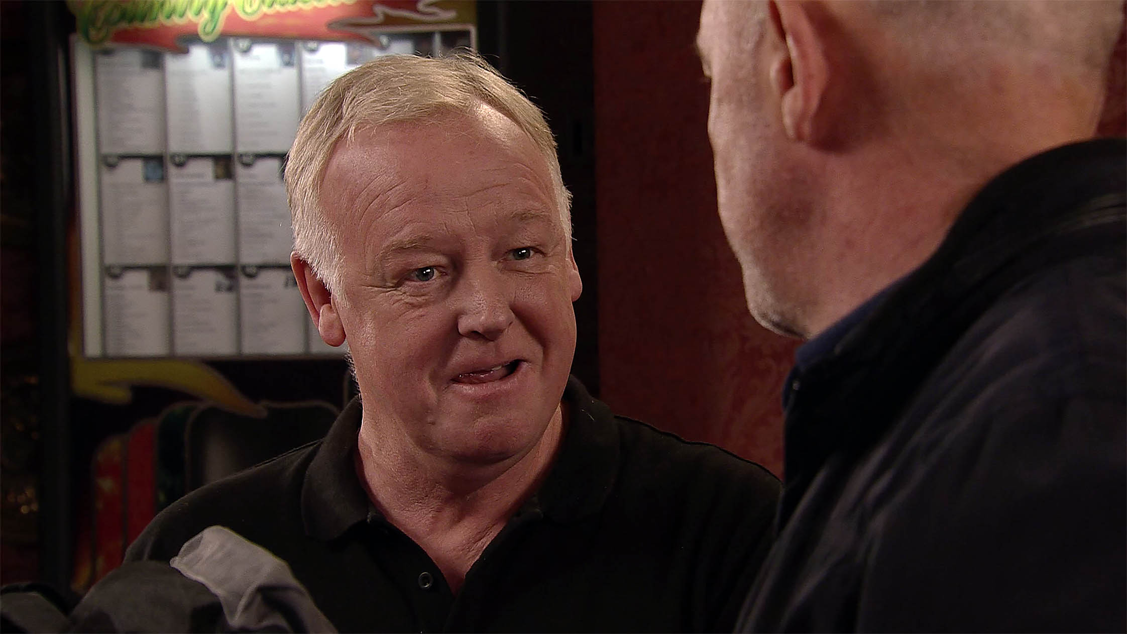 FROM ITV STRICT EMBARGO Tuesday 8 November 2016 Coronation Street - Ep 9035 Wednesday 16 November 2016 Phelan nner which alters the visual appearance of the person photographed deemed detrimental or inappropriate by ITV plc Picture Desk. This photograph must not be syndicated to any other company, publication or website, or permanently archived, without the express written permission of ITV Plc Picture Desk. Full Terms and conditions are available on the website www.itvpictures.com
