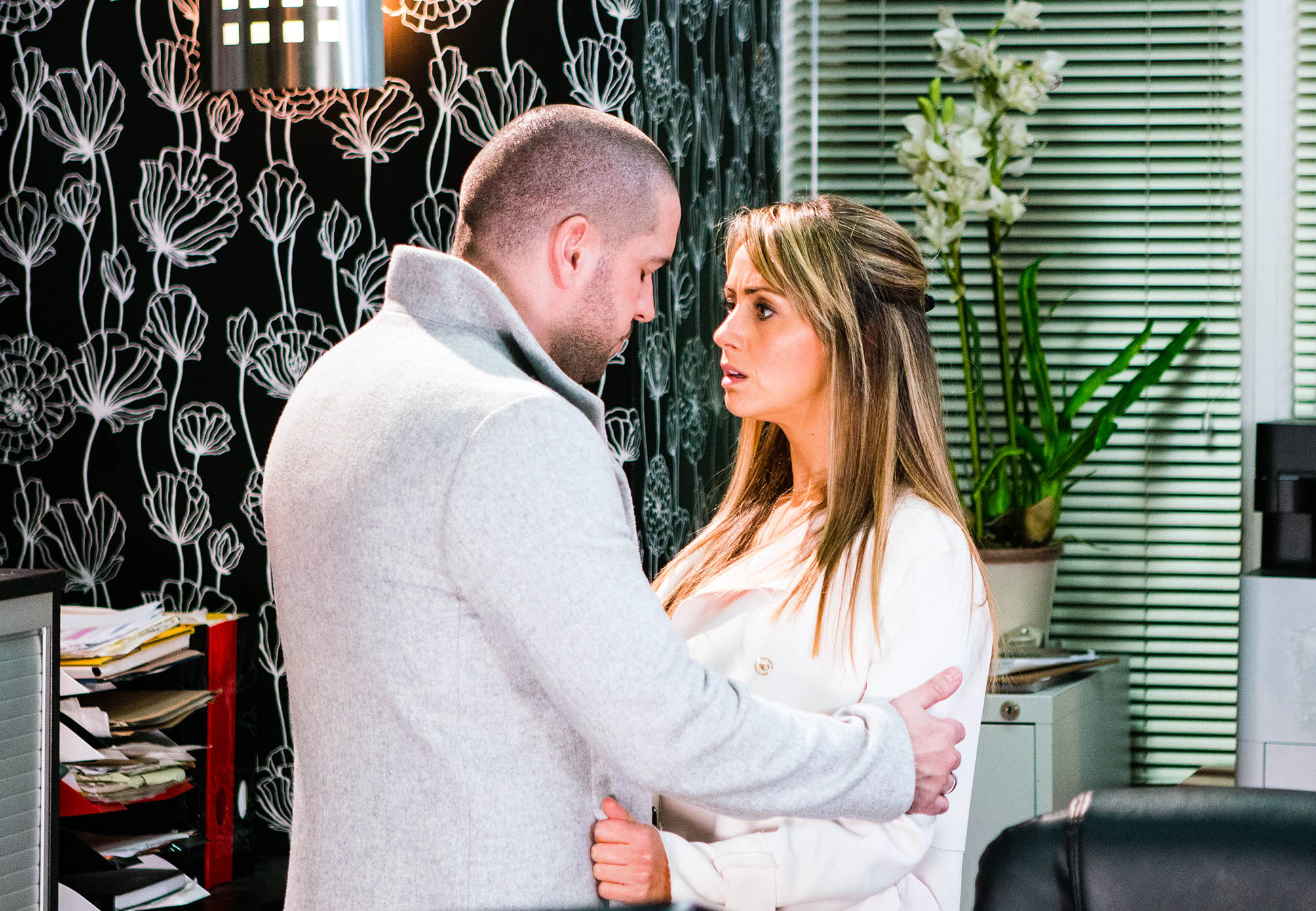 FROM ITV STRICT EMBARGO - No Use Tuesday 13 December 2016 - Please check for any earlier publications. Coronation Street - Ep 9063 Friday 23 December 2016 - 1st Ep Promising Maria Connor [SAMIA LONGCHAMBON] that he's going to finish with Eva, Aidan Connor [SHAYNE WARD and Maria kiss passionately, unaware of Johnny Connorappearance of the person photographed deemed detrimental or inappropriate by ITV plc Picture Desk. This photograph must not be syndicated to any other company, publication or website, or permanently archived, without the express written permission of ITV Plc Picture Desk. Full Terms and conditions are available on the website www.itvpictures.com