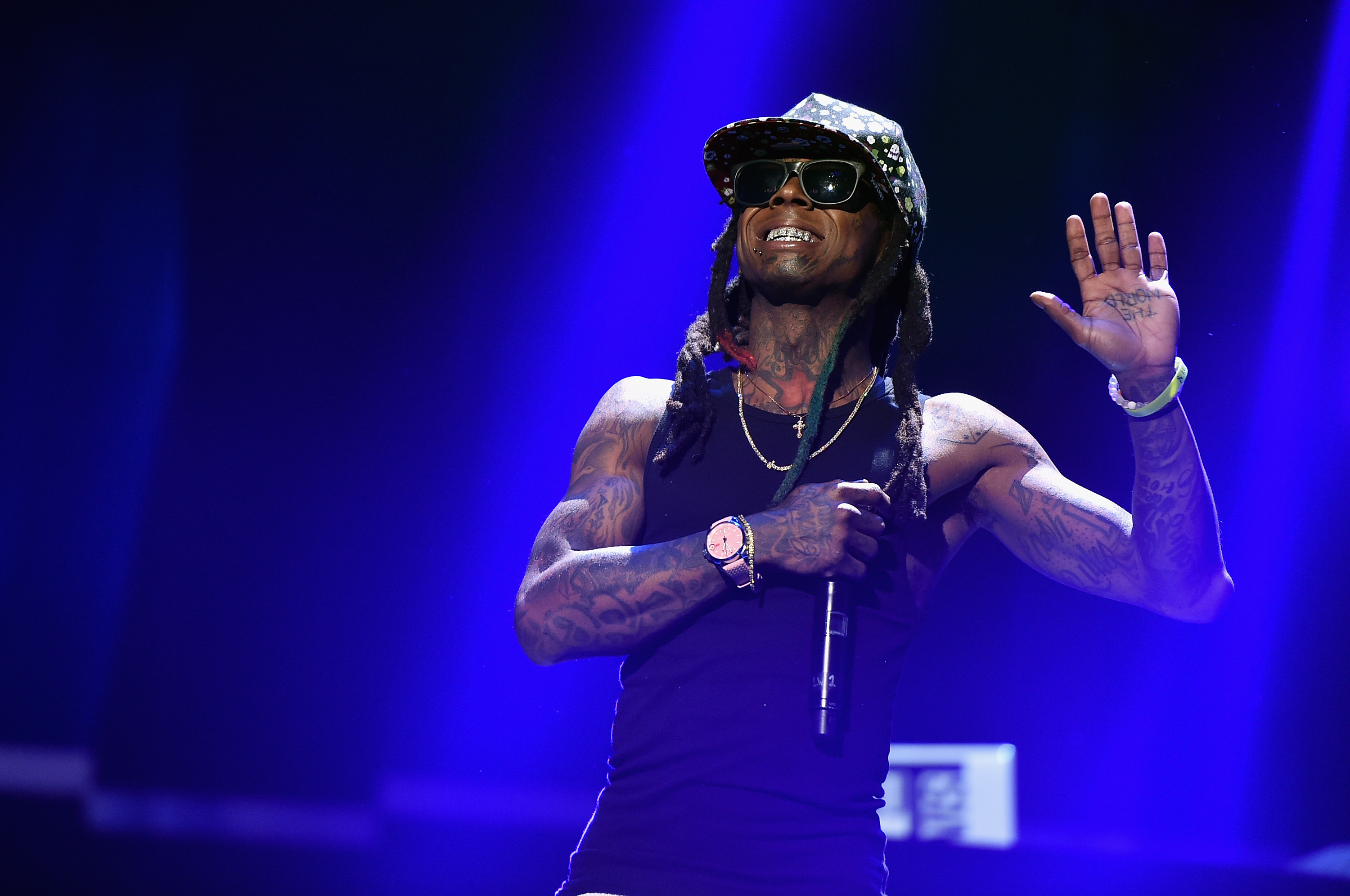 Lil Wayne says sorry for Black Lives Matter rant: 'Apologies to anyone who was offended'