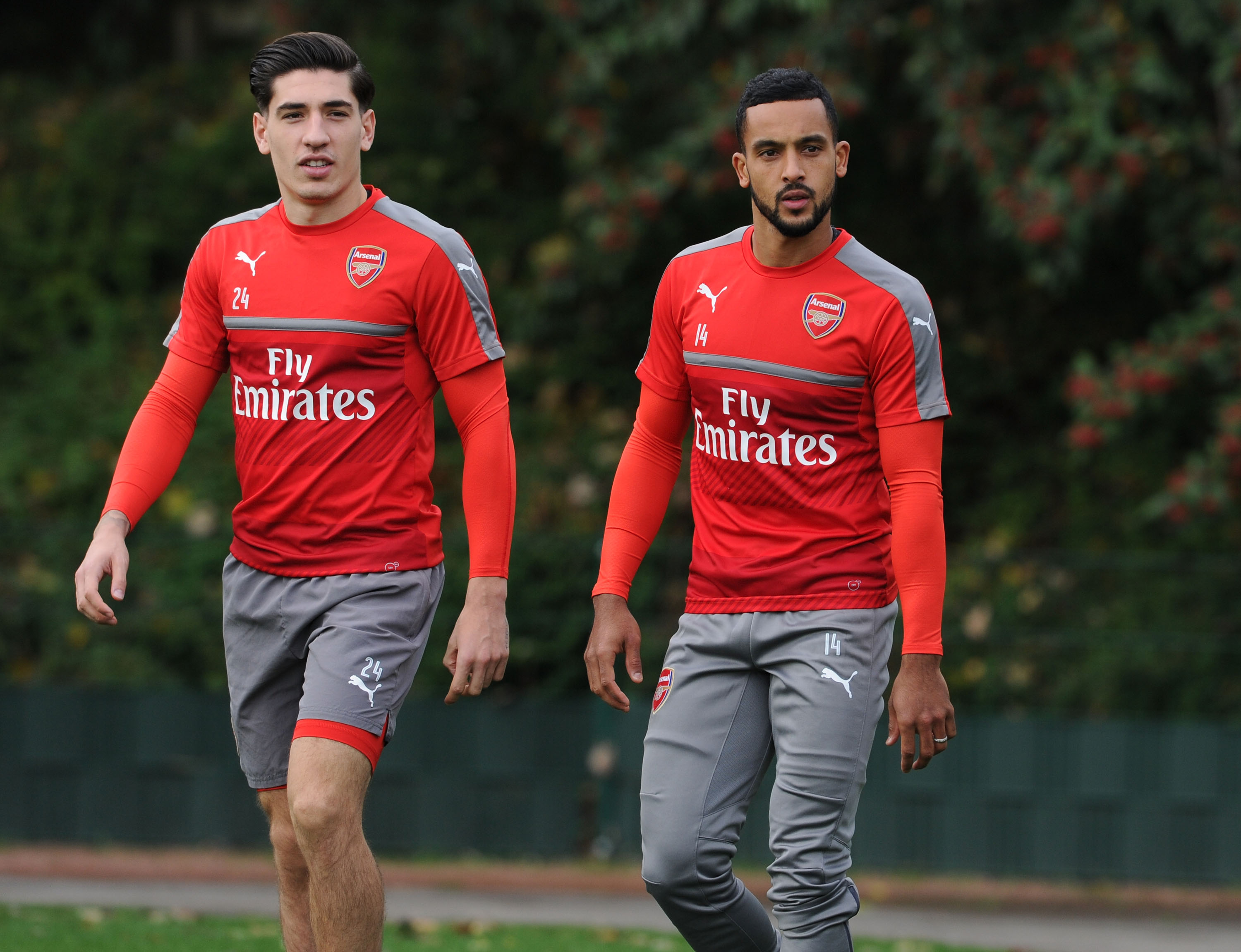 Chelsea star Willian reveals Arsenal forward Theo Walcott is the fastest player he's ever played against