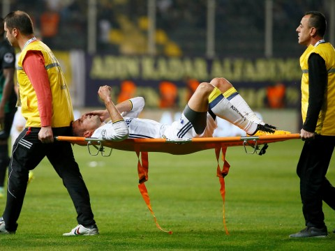 Robin van Persie confirms his eye is undamaged after horrific injury
