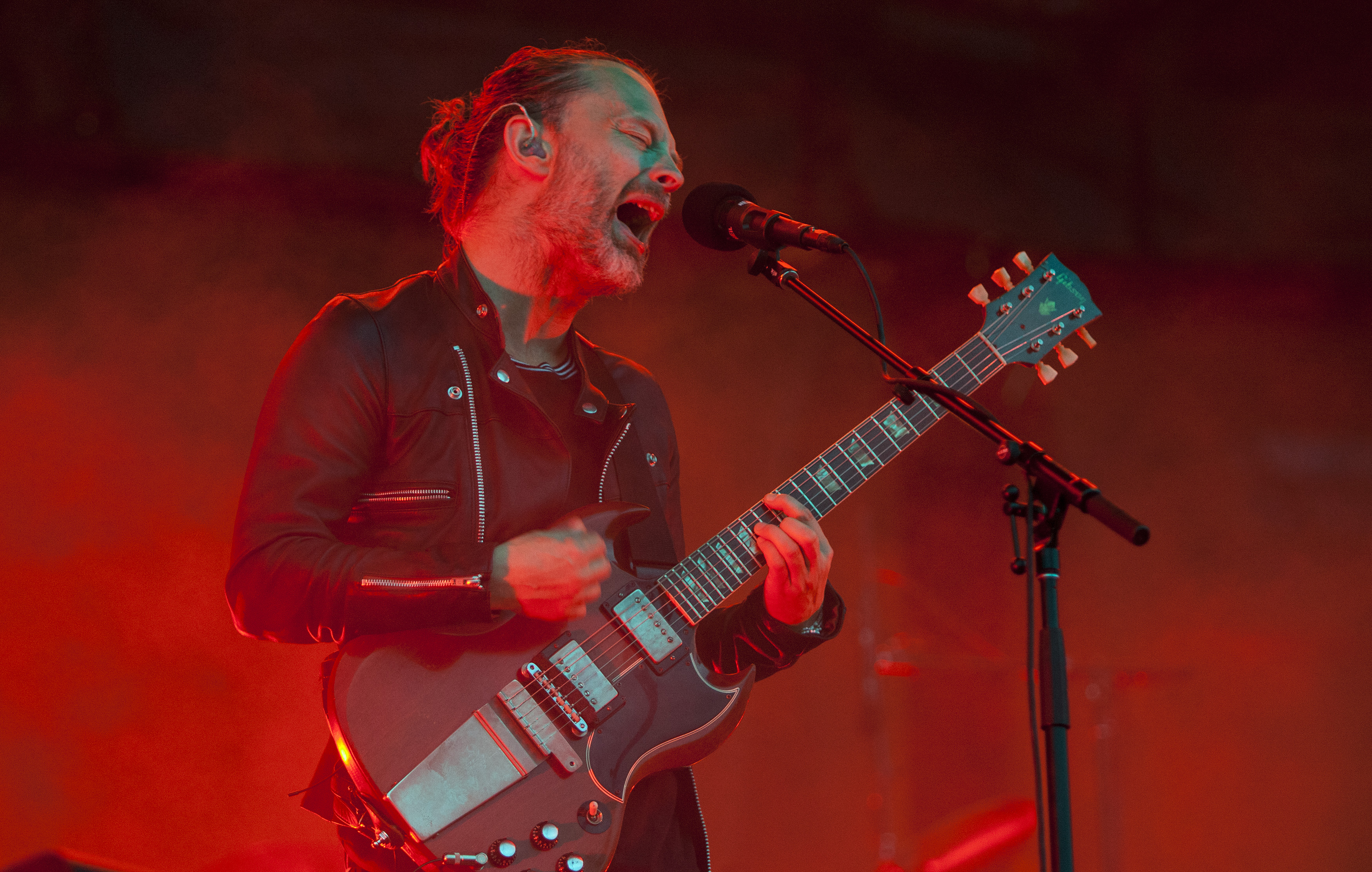 People are angry at Radiohead for 'letting their fans get ripped off by ticket touts'
