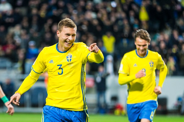 SOLNA, SWEDEN - OCTOBER 10: Victor Nilsson Lindelof of Sweden celebrates scoring the 3-0 goal during the 2018 FIFA World Cup Qualifier match between Sweden and Bulgaria at Friends Arena on October 10, 2016 in Solna, Sweden. (Photo by Michael Campanella/Getty Images)