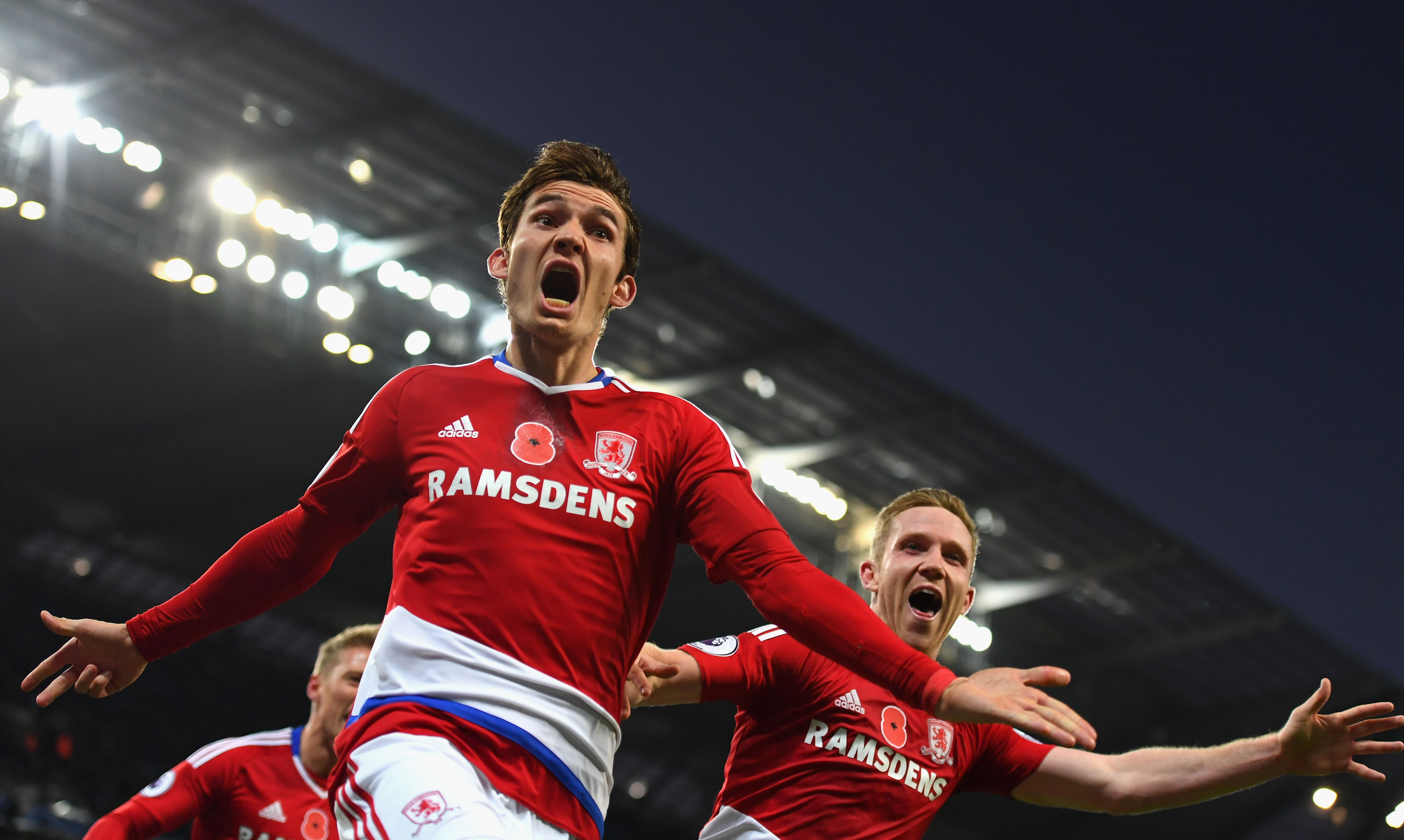 MANCHESTER, ENGLAND - NOVEMBER 05: Marten de Roon of Middlesbrough celebrates scoring his sides first goal during the Premier League match between Manchester City and Middlesbrough at Etihad Stadium on November 5, 2016 in Manchester, England. (Photo by Laurence Griffiths/Getty Images)