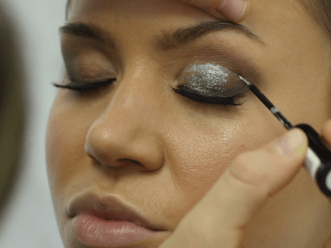 Sparkle this Christmas with this glitter eye makeup tutorial video
