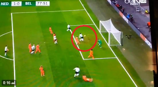 Romelu Lukaku missing from three yards.. (Picture: Twitter)
