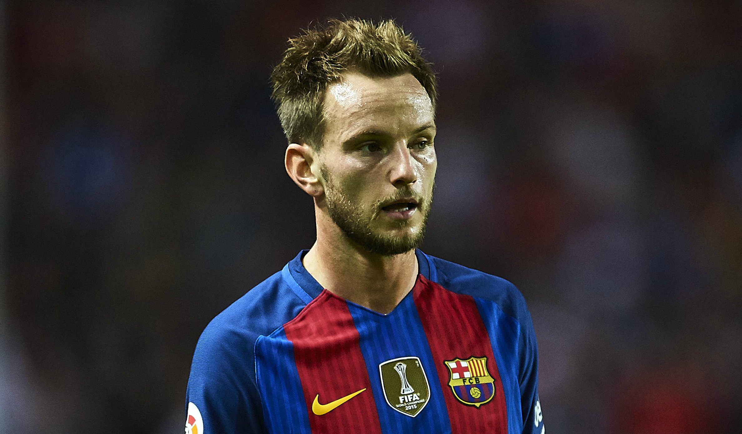 Manchester United plotting transfer move for Ivan Rakitic before midfielder signs new Barcelona deal