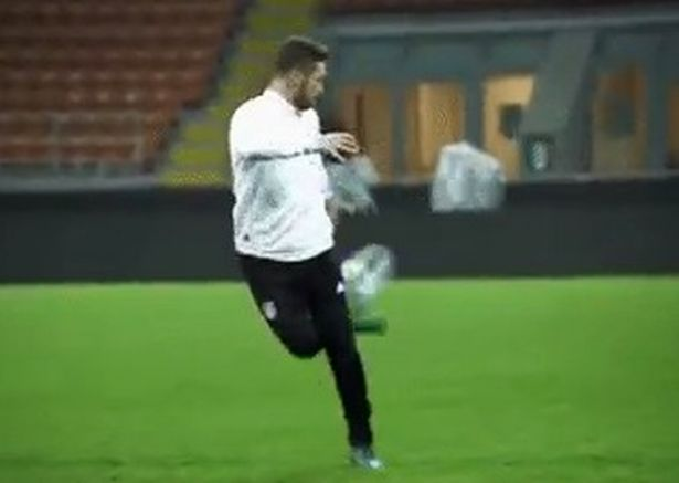Shkodran Mustafi dazzles in Germany training with silky skills ahead of Arsenal's clash with Manchester United
