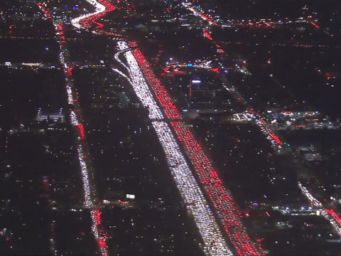 Los Angeles does traffic jams properly