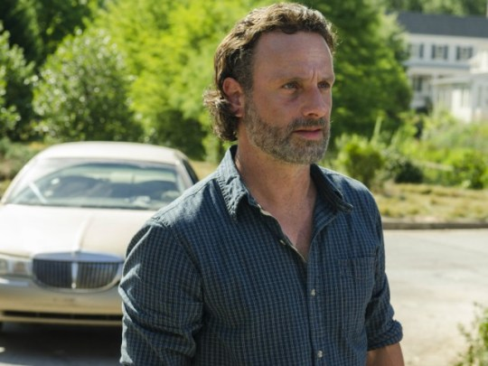 The Walking Dead season 7: New clip shows unwanted guests at ...
