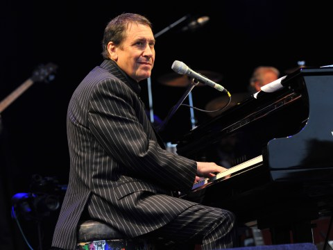 Who is on Jools Holland's New Year's Eve Hootenanny this year?