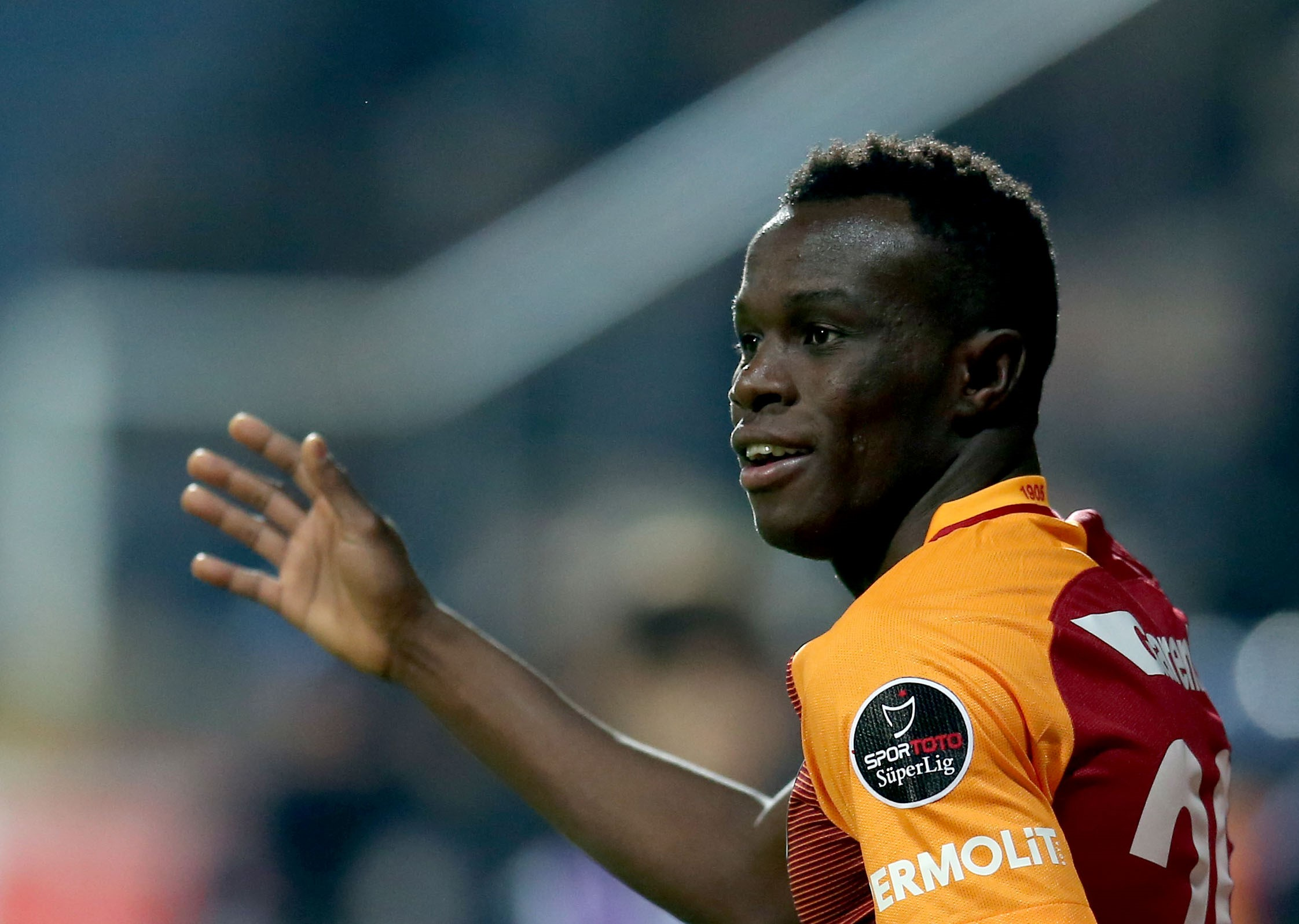 Manchester United transfer target Bruma reveals talks with Jose Mourinho