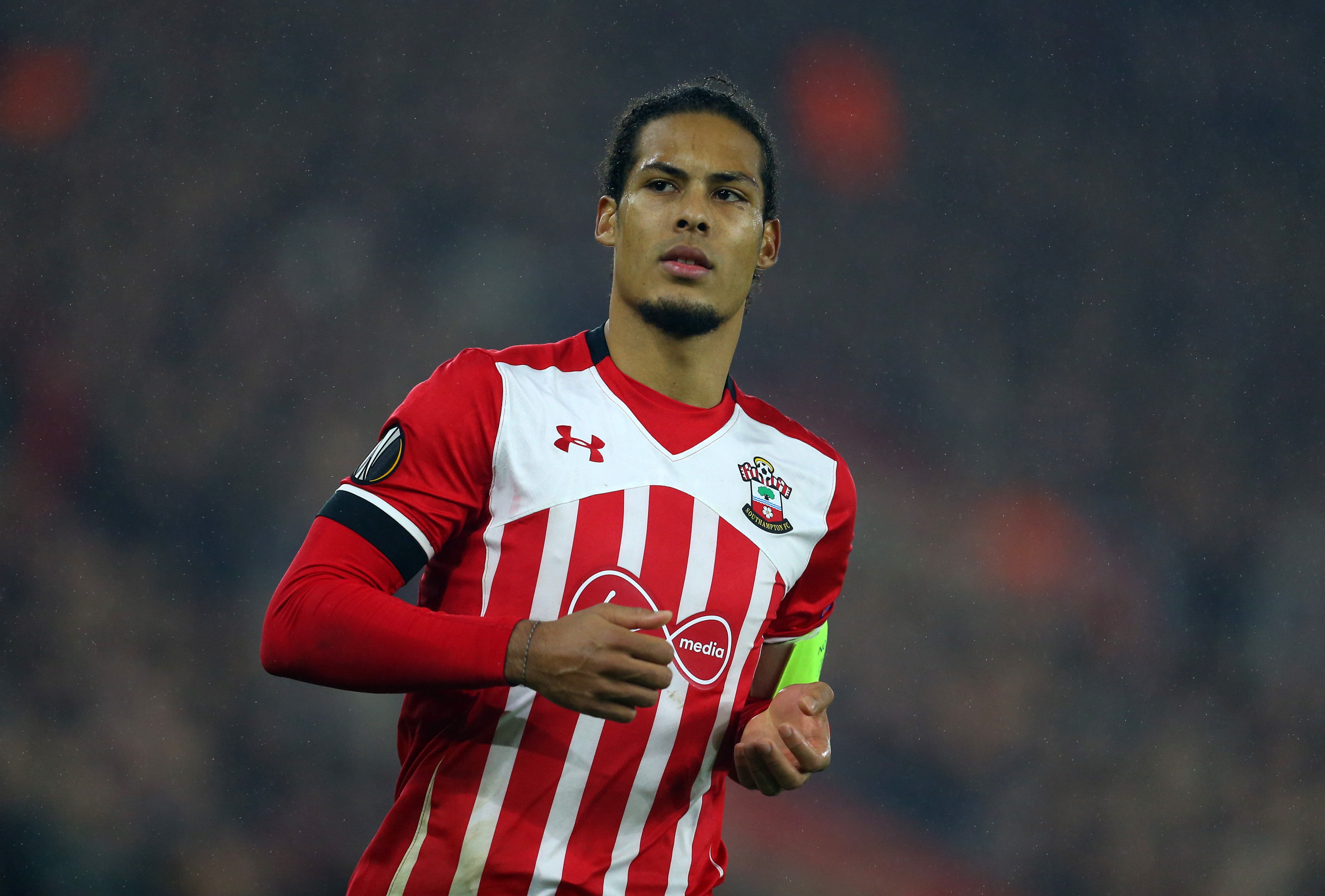 Manchester United and Chelsea transfer target Virgil van Dijk to cost £40million