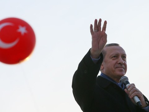 Turkish president claims he has 'confirmed evidence' US is supporting Isis