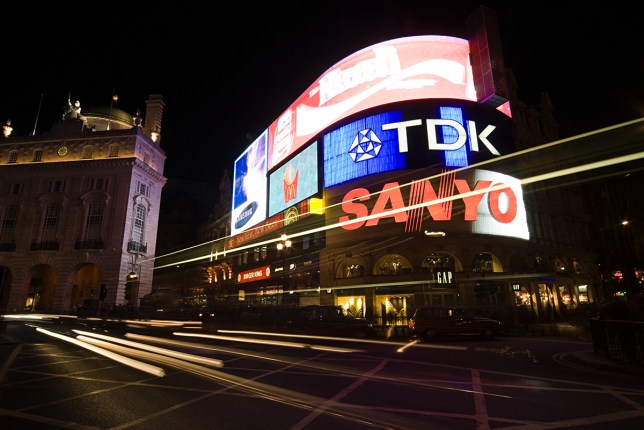 Piccadilly Circus lights to be turned off