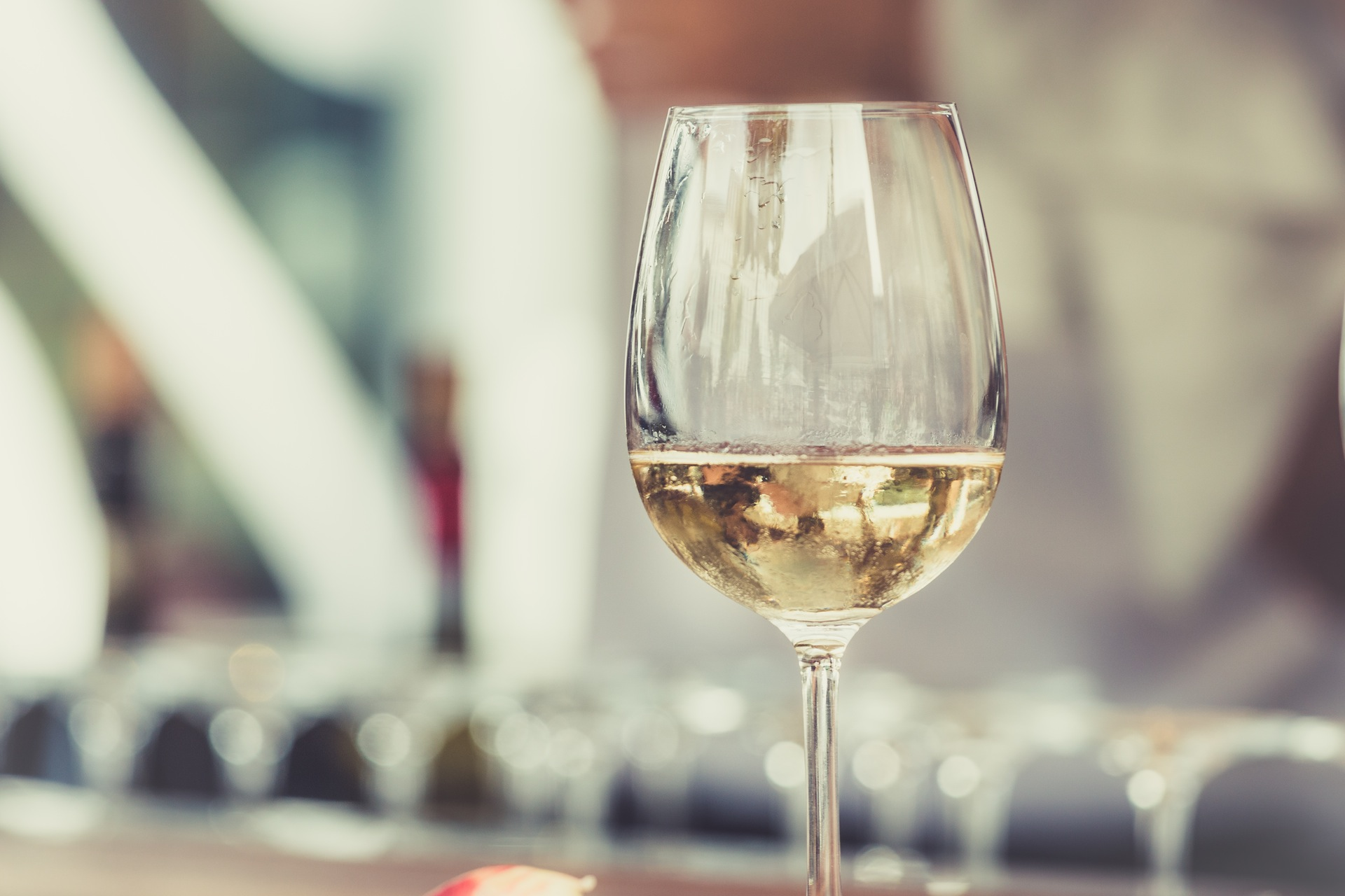 White wine might be linked to skin cancer