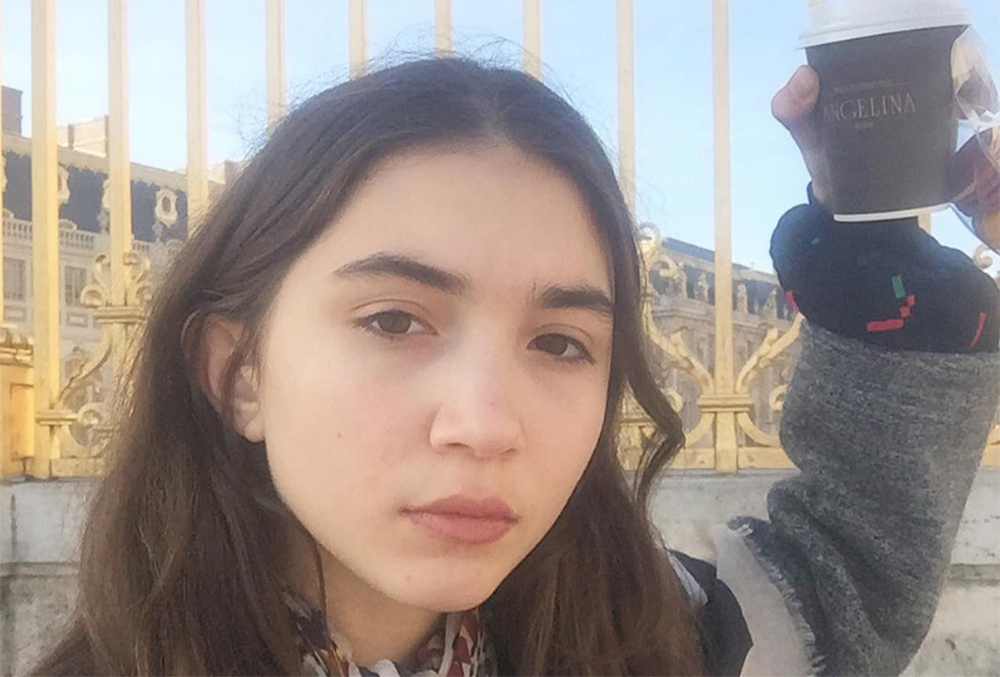 Rowan Blanchard's light poke at beauty vloggers is on point