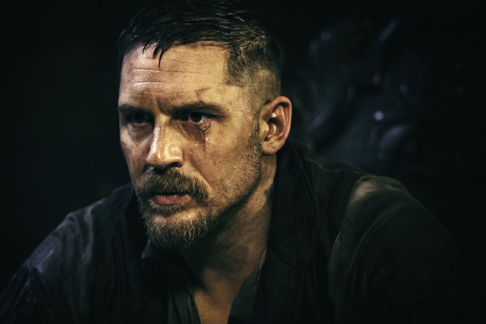 Tom Hardy gets a snog and 10 other things that happened in episode three of Taboo