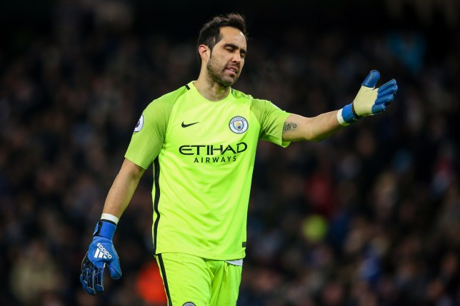 MANCHESTER, ENGLAND - JANUARY 21: Claudio Bravo of Manchester City during the Premier League match between Manchester City and Tottenham Hotspur at Etihad Stadium on January 21, 2017 in Manchester, England. (Photo by Robbie Jay Barratt - AMA/Getty Images)