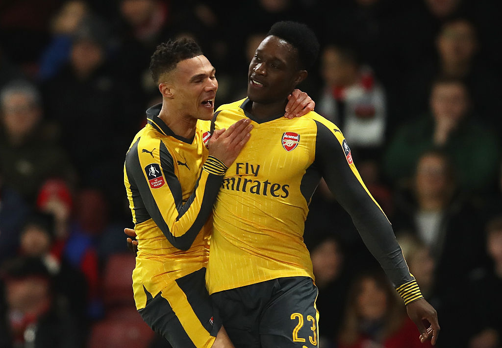 SOUTHAMPTON, ENGLAND - JANUARY 28: Danny Welbeck of Arsenal celebrates with Kieran Gibbs of Arsenal after scoring his sides first goal during the Emirates FA Cup Fourth Round match between Southampton and Arsenal at St Mary's Stadium on January 28, 2017 in Southampton, England. (Photo by Julian Finney/Getty Images)