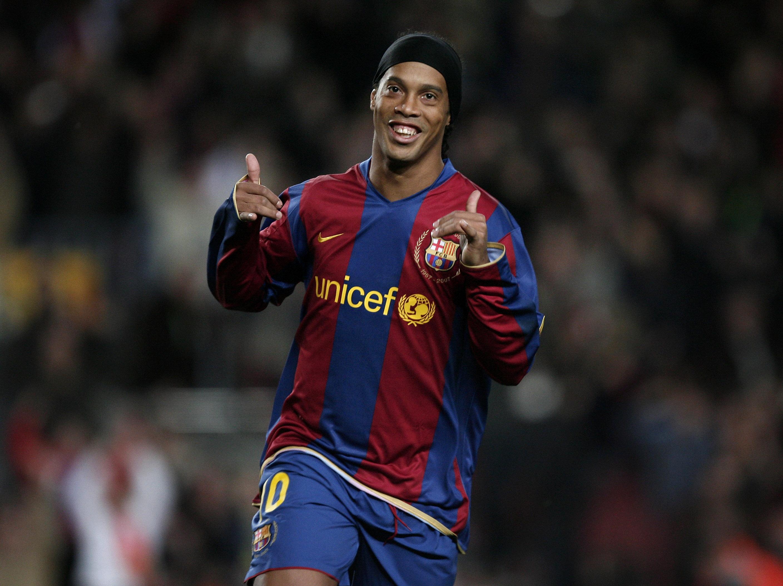 Ronaldinho: Chelsea tried to sign me