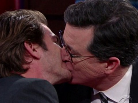 Andrew Garfield reveals why he decided to kiss Ryan Reynolds the Golden Globes