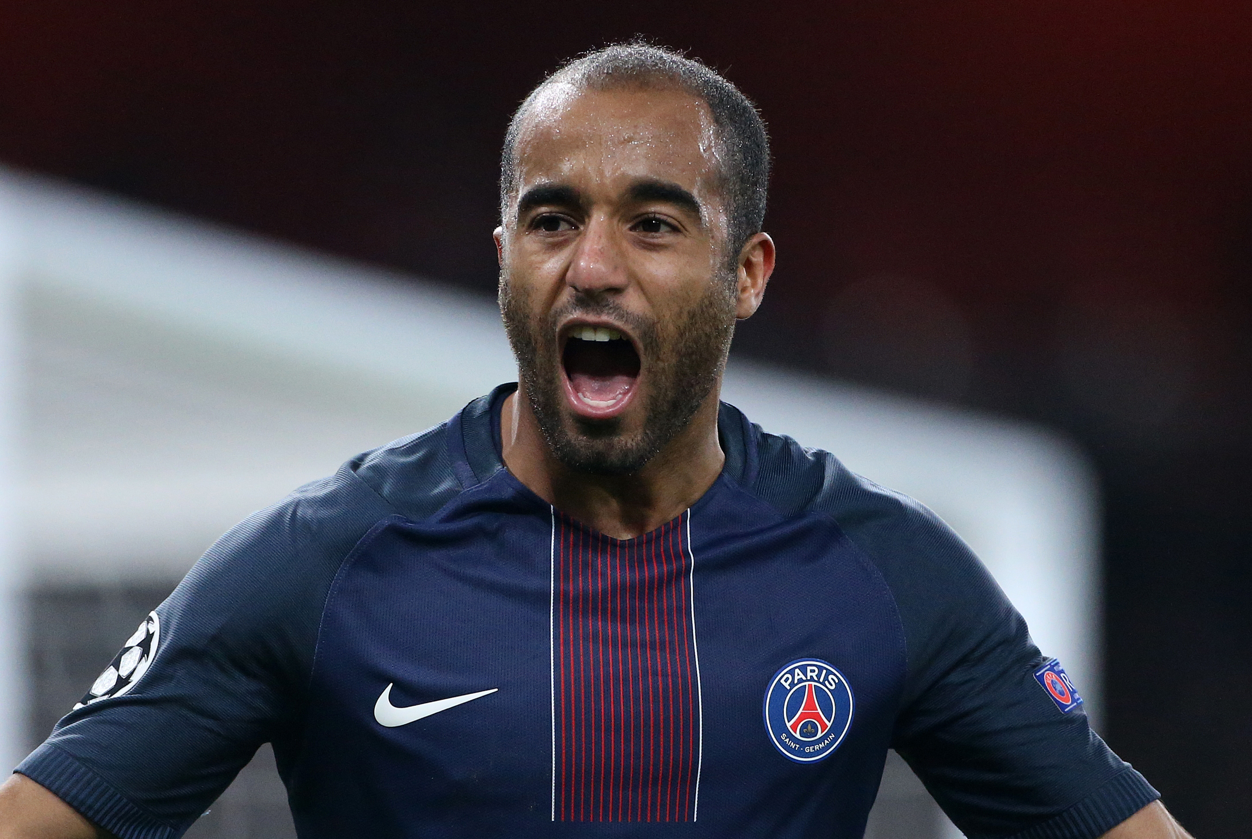 LONDON, ENGLAND - NOVEMBER 23: Lucas Moura of PSG celebrates his goal during the UEFA Champions League match between Arsenal FC and Paris Saint-Germain at Emirates Stadium on November 23, 2016 in London, England. (Photo by Jean Catuffe/Getty Images)