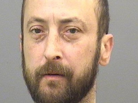 Convicted murderer on the run sparks police hunt