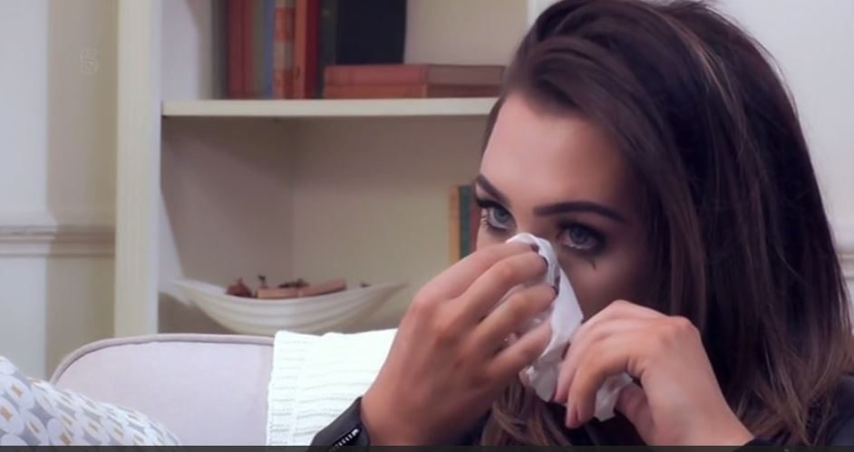 Lauren Goodger in tears on In Therapy show about over eating before admitting she was 'briefed' on how to be in TOWIE