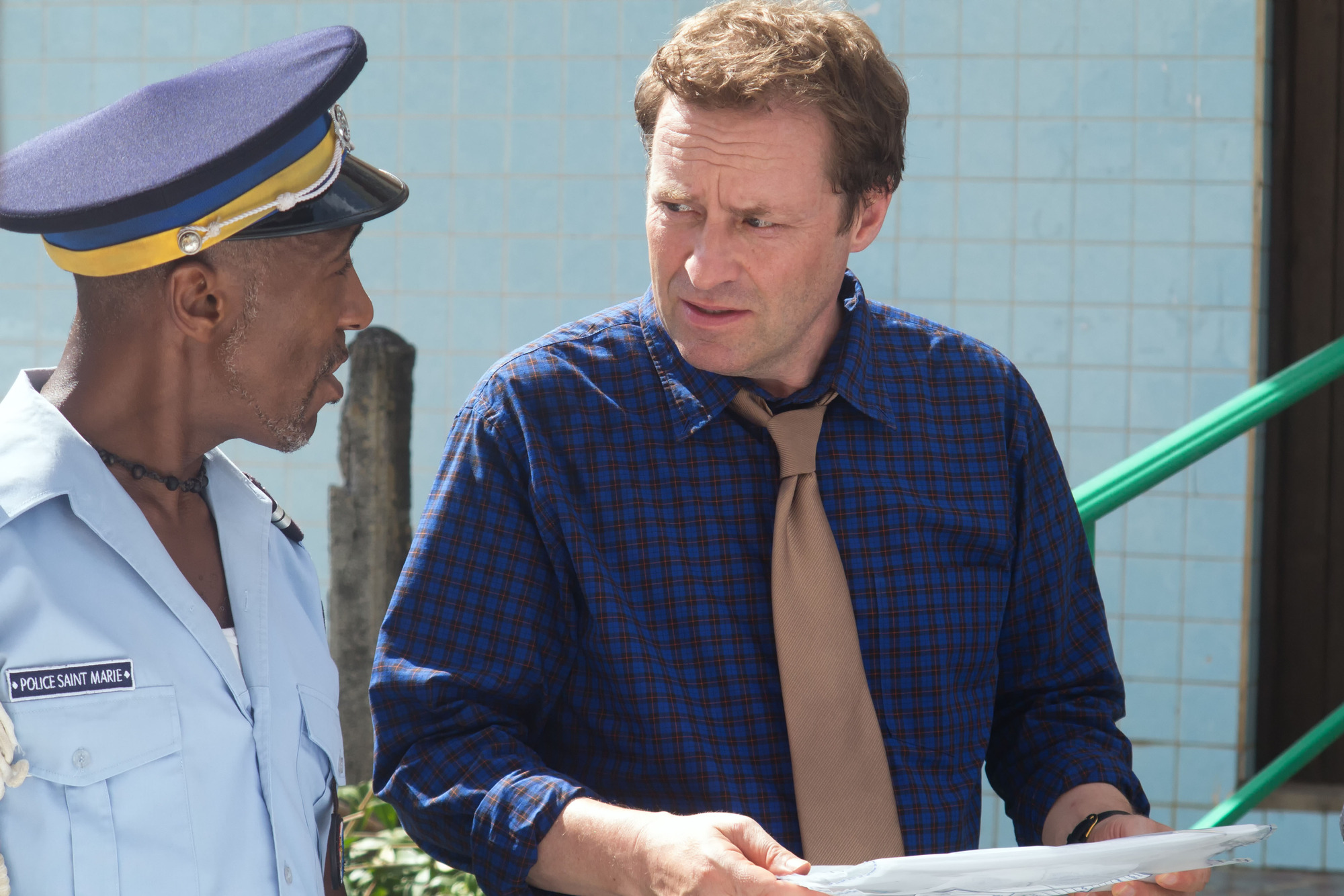 Death In Paradise's first episode with Ardal O'Hanlon as DI Mooney left fans missing Humphrey