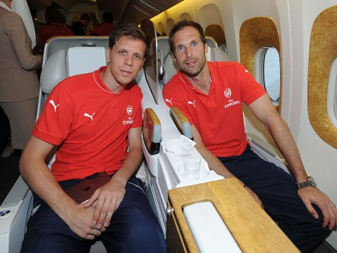 Has Wojciech Szczesny just sent a cheeky reminder to Arsene Wenger and Petr Cech?
