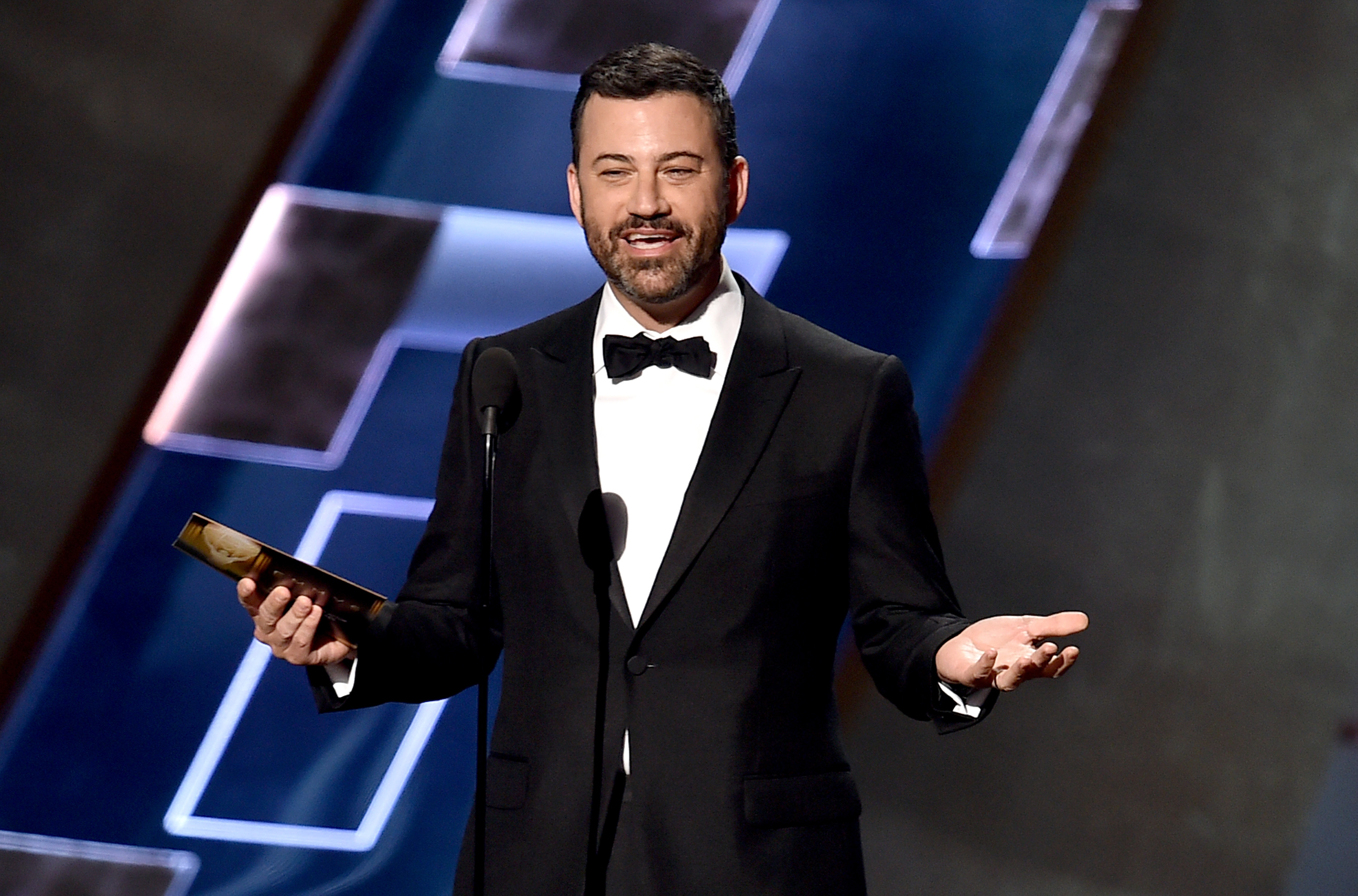 Who is Oscars 2017 host Jimmy Kimmel? The talk show presenter explained for the UK