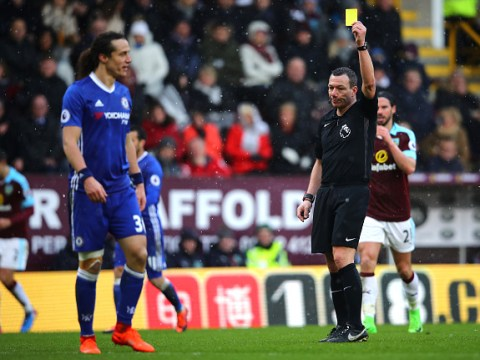 Chelsea fans question Antonio Conte for playing injured David Luiz against Burnley