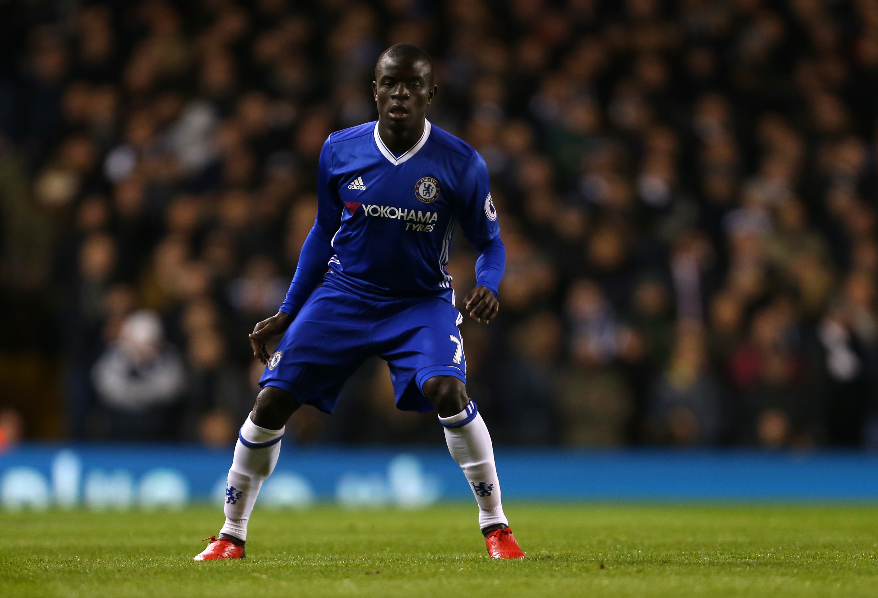 Chelsea's N'Golo Kante is a throwback to Patrick Vieira and Roy Keane – and could be the next legendary Premier League midfielder