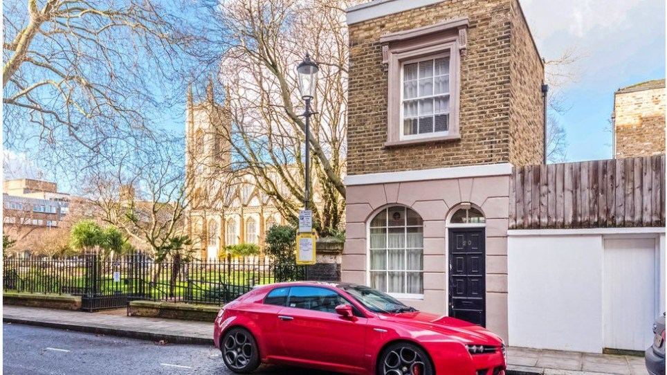 Tiny one-bed house in Chelsea on sale for £600,000