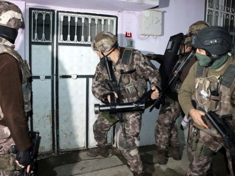 Turkish police arrest Isis suspects after finding 24 suicide belts