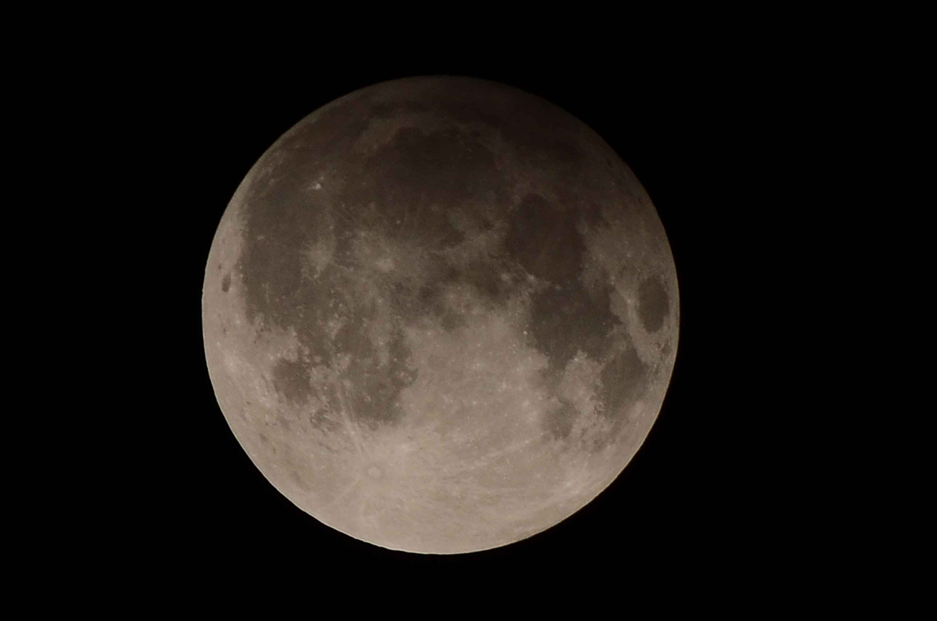 When is the next full moon?