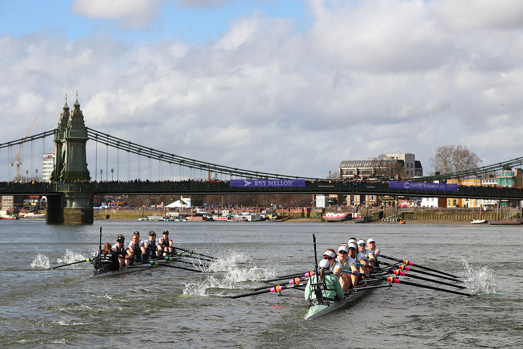 The Boat Race odds – Do the bookies fancy Oxford or Cambridge?