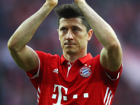 Robert Lewandowski's agent pours cold water over Manchester United transfer rumours