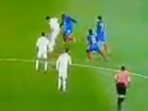 Sergio Busquets ruins Tiemoue Bakayoko and Antoine Griezmann with roulette during France vs Spain