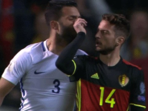 Dries Mertens booked for pinching Georgios Tzavellas' nose twice during Belgium vs Greece