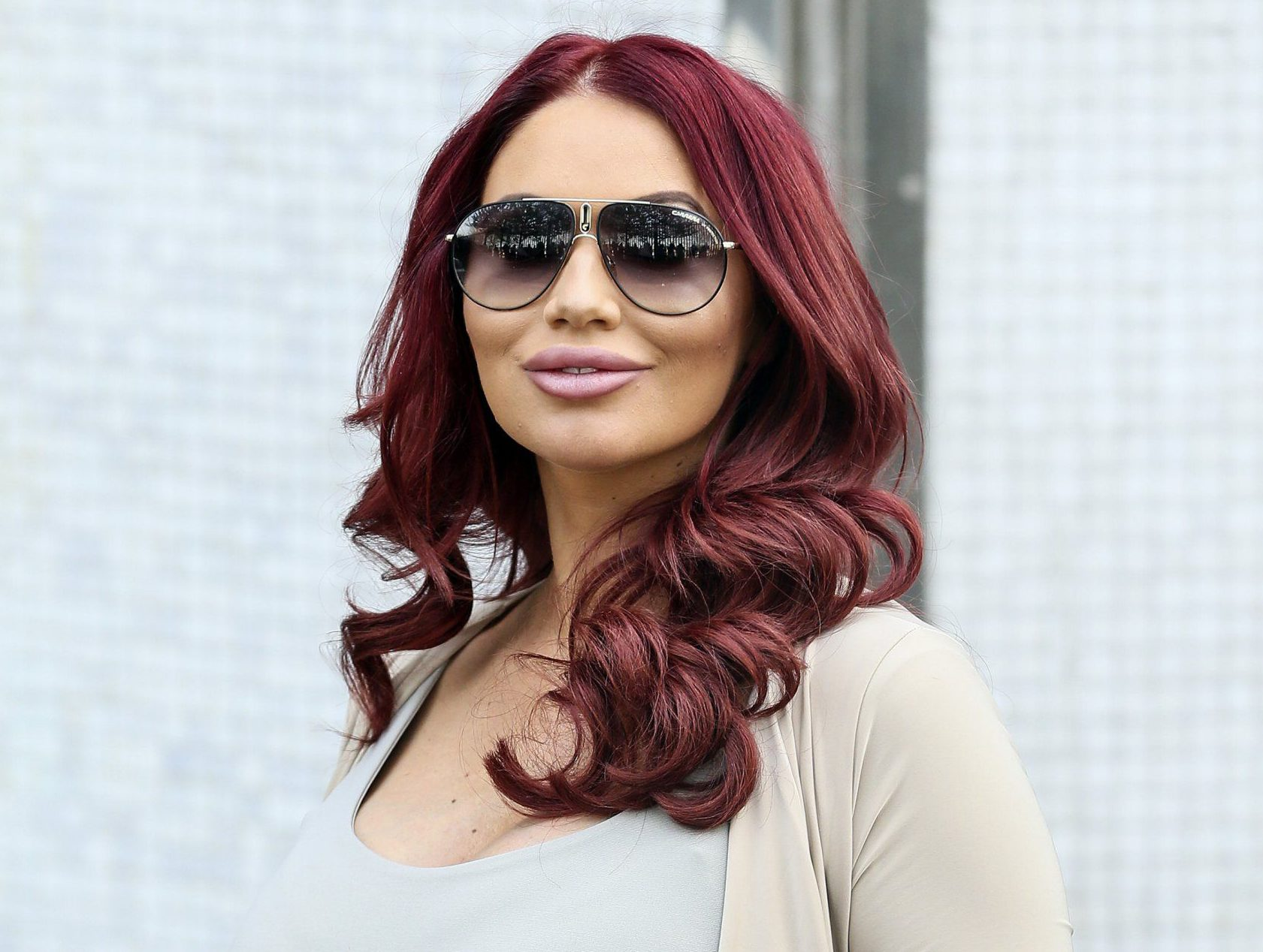 Amy Childs tells how she thought she would 'die' in labour as she introduces daughter Polly to the world
